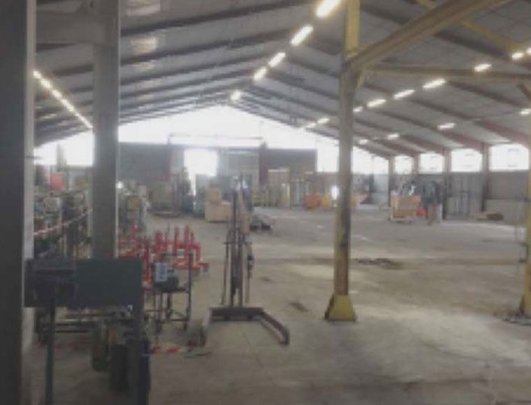 Fiches biens/4500-Dev'Up/ref4521-industrial-building-to-sale-in-etrechet-val-loire