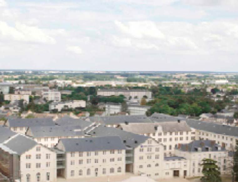 Offices complex for sale or rent in Centre Val de Loire France