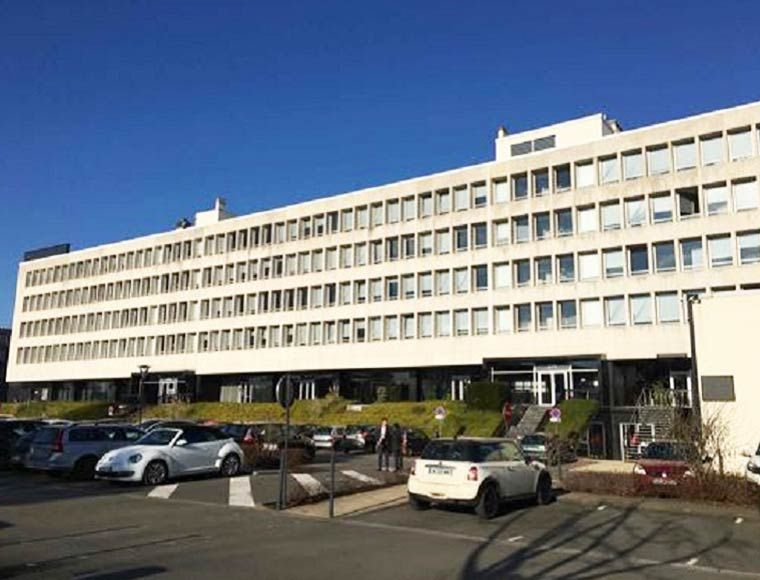 Building with office sapce for rent in marcq en Baroeul Lille